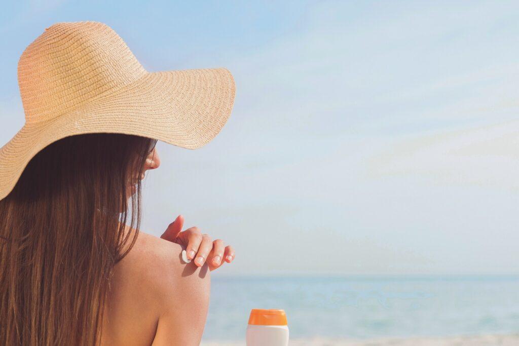 Sun and Beach to Lose Abdominal Fat