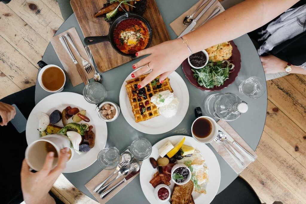 Enjoy Food - 7 Secrets on NO DIET Day: celebrating International No Diet Day - Beauty and Health - Diets - Dorian's Secrets - The Eternal Youth Magazine