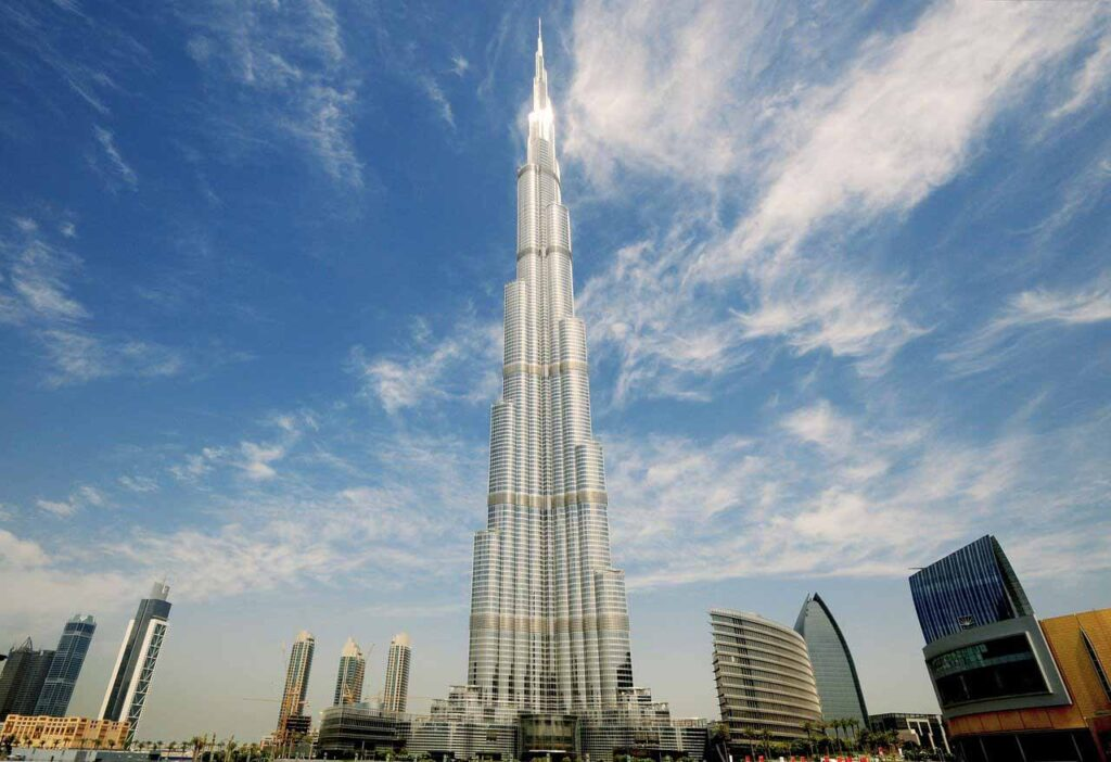 Burj Khalifa: The Tallest Skyscraper in the World - Entertainment - Did You Know That - Dorian's Secrets: The Eternal Youth Magazine