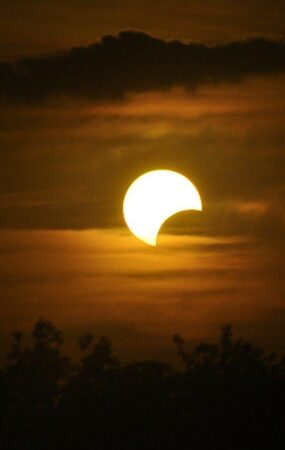 Astronomical Calendar June 2021 - Conjunctions - Eclipses - Moon Phases - Meteor Shower - Equinoxes - Dorian's Secrets - The Eternal Youth Magazine