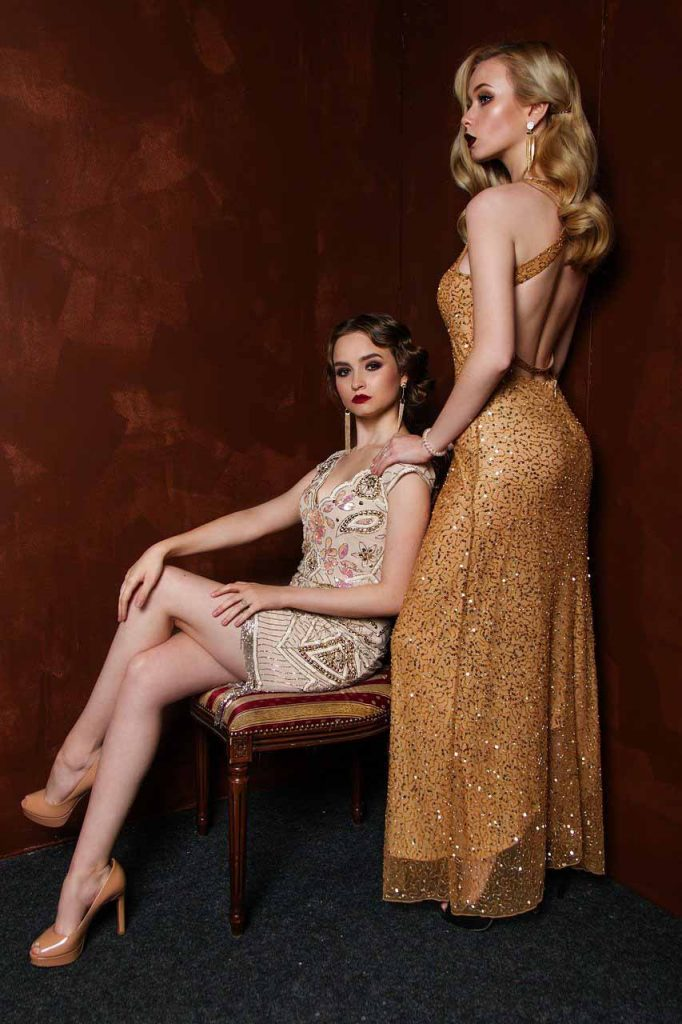 10 Fashion trends for Fall / Winter 2021-2022 - Trend #3: Glitter Fashion Ideas - Dorian's Secrets: The Eternal Youth Magazine
